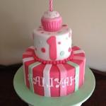 Aaliyahs 1st bday cake