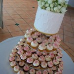Aqua linear wedding cake 1.11.11