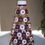 Black, white & hot pink cupcakes