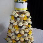 Laura's yellow butterfly cupcakes