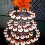 Mini cupcakes with orange hearts