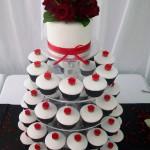 Red rose fondant cupcakes