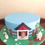 farmyard themed cake - Copy