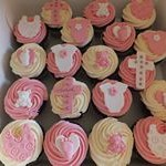 tn_Cute baby girl baptism cupcakes