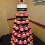 tn_Pink, white and black cupcakes for engagement party