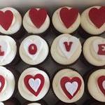 tn_Valentine cupcakes